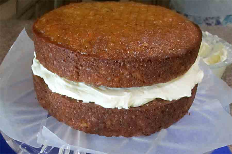 carrot-cake-with-cream-cheese-frosting-1