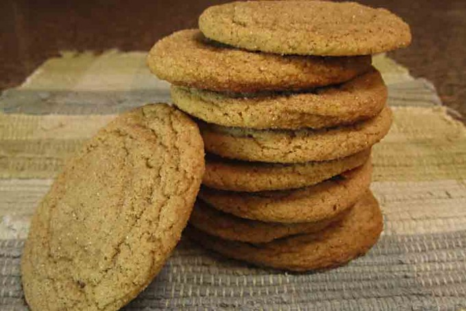 stack of cinnamon molasses cookies
